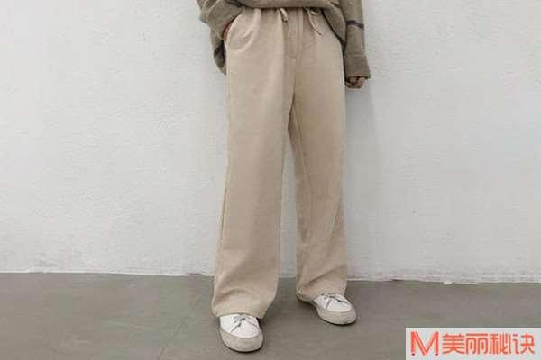 拖地裤怎样穿裤腿不脏 拖地裤怎么搭配好看