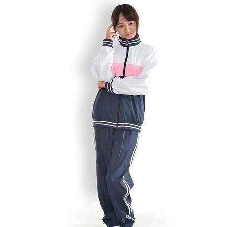 春季青春显活力的运动服穿搭 适合女生穿的运动服推荐