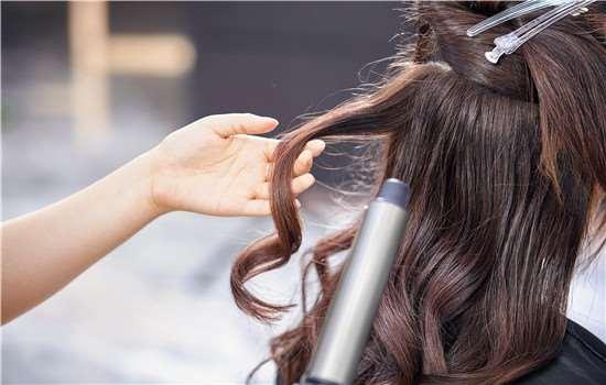 头发打薄了怎么快速长 让头发快速生长的三个秘诀