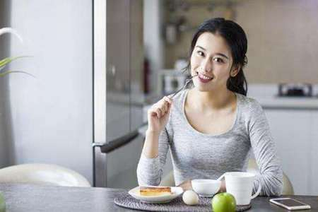月瘦20斤懒人减肥方法,这三个减肥饮食秘诀加快代谢