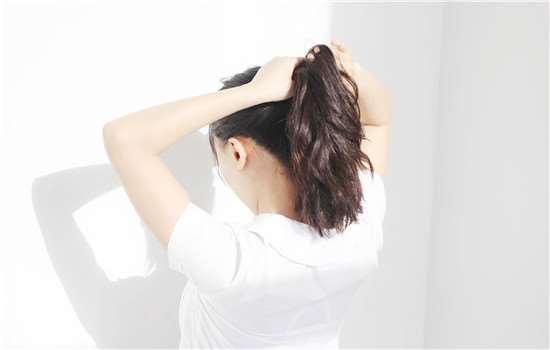 头发矫正和拉直是一样的吗 头发受损这几点教你修复