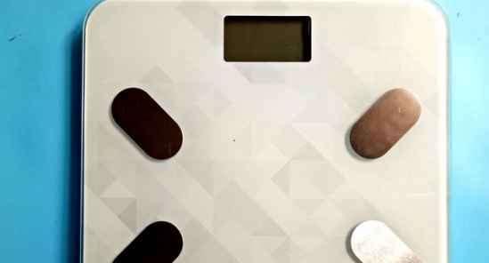 香山体脂秤使用说明 上称摇一摇
