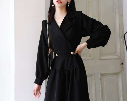 春季法式优雅的连衣裙穿搭 日常吸睛的连衣裙推荐