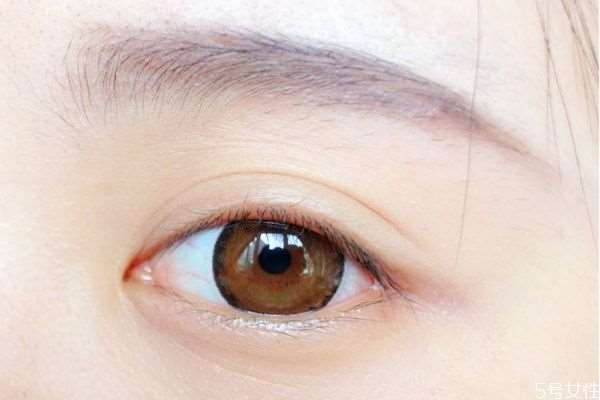 美瞳是买有度数的还是没有度数的好 美瞳怎么买度数