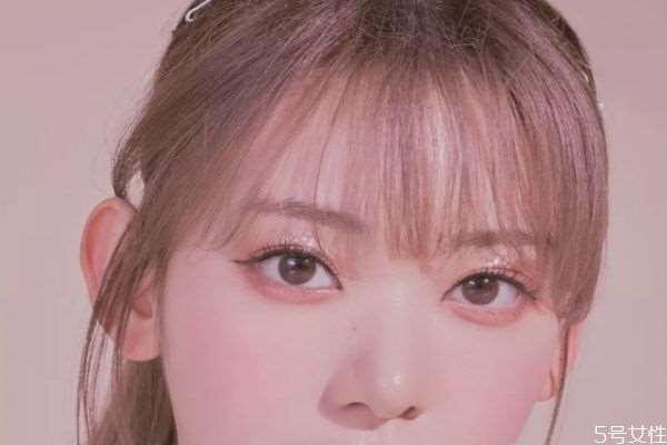 不明显的美瞳好吗 哪种美瞳看着最不明显