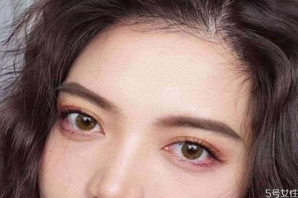 美瞳一般多少钱 在哪里买美瞳比较好