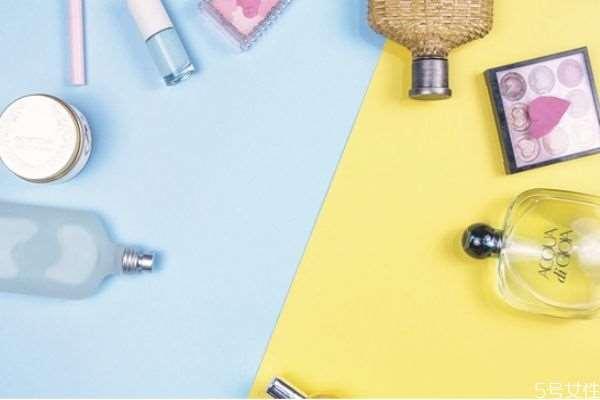 一般化妆品的使用顺序 化妆品保质期长吗