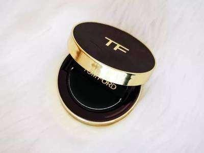 tf气垫黑色和白色哪款好用 tf气垫黑色和白色的区别
