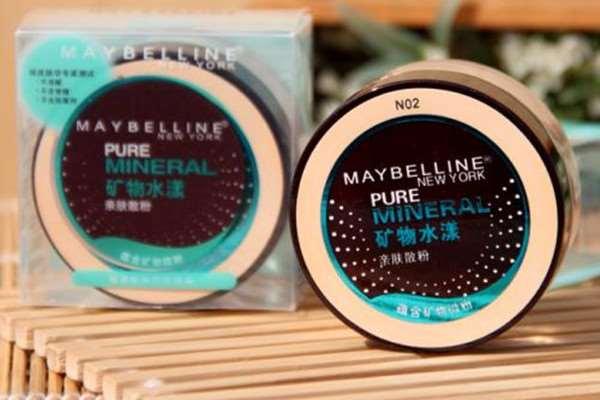 美宝莲矿物水感亲肤粉底液怎样挑选 美宝莲矿物水感亲肤粉底液的优点