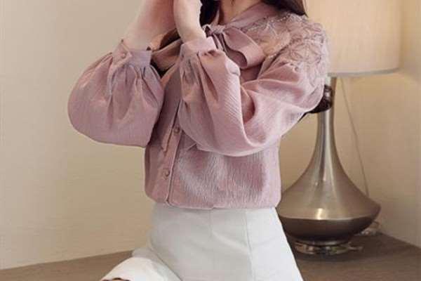长袖雪纺衬衫怎么搭配好看 长袖雪纺衬衫的搭配技巧