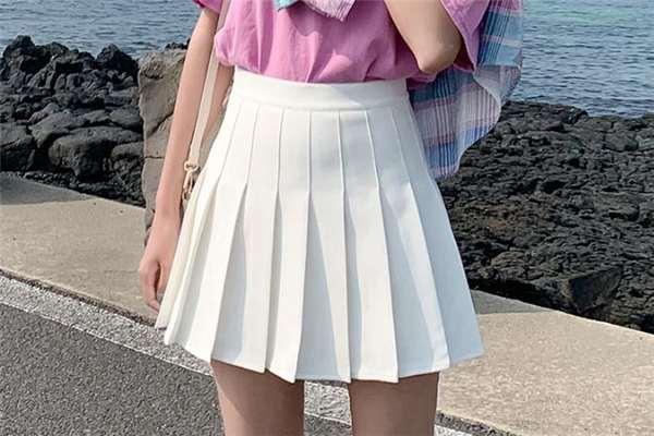 百褶裙是jk吗 百褶裙属于jk制服吗