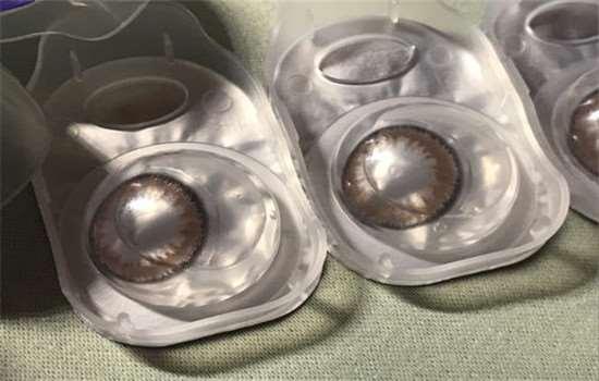 有什么水能代替美瞳水 美瞳能用矿泉水泡吗