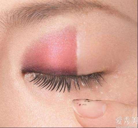 夏天脸上油腻腻?生香语卸妆水让毛孔畅快呼吸,让卸妆成为一种享受!