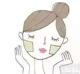 夏天怎样搞好护肤美白才可以有着牛奶肌