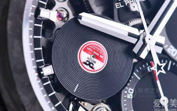 """当""""唱片""""变成表盘品 鉴发亮全碳壳DEFY21CarlCox腕表"""