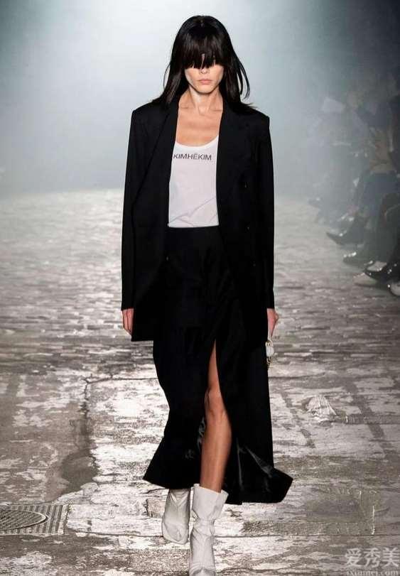 「著名品牌时装秀」┊Kimhékim2020年冬季巴黎时装发布会
