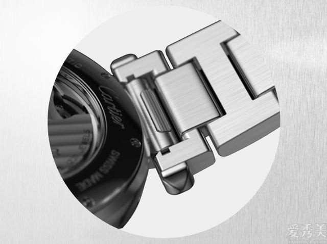 卡地亚手表PashadeCartier系列产品再次出发布带快拆和透背新设计方案