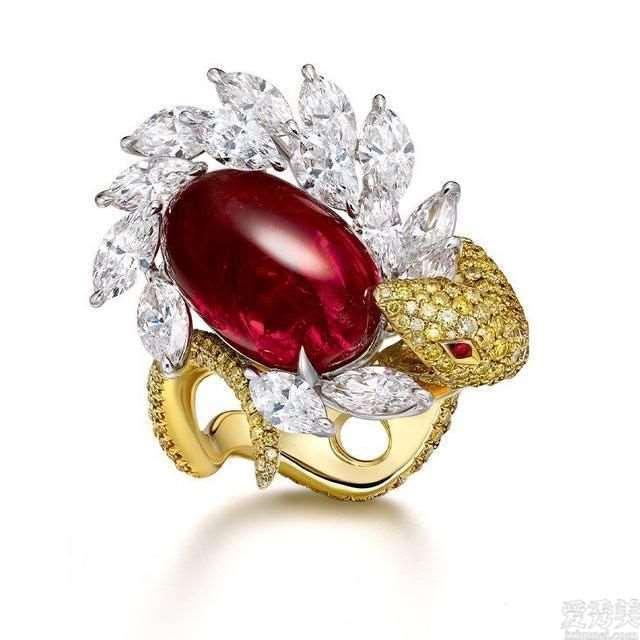 难得一见的奢侈,8款顶尖红宝石戒指,是极佳的利器物