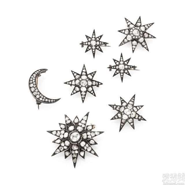 珠宝首饰赏析:灿烂的星月胸针讲诉新娘子浓浓的爱