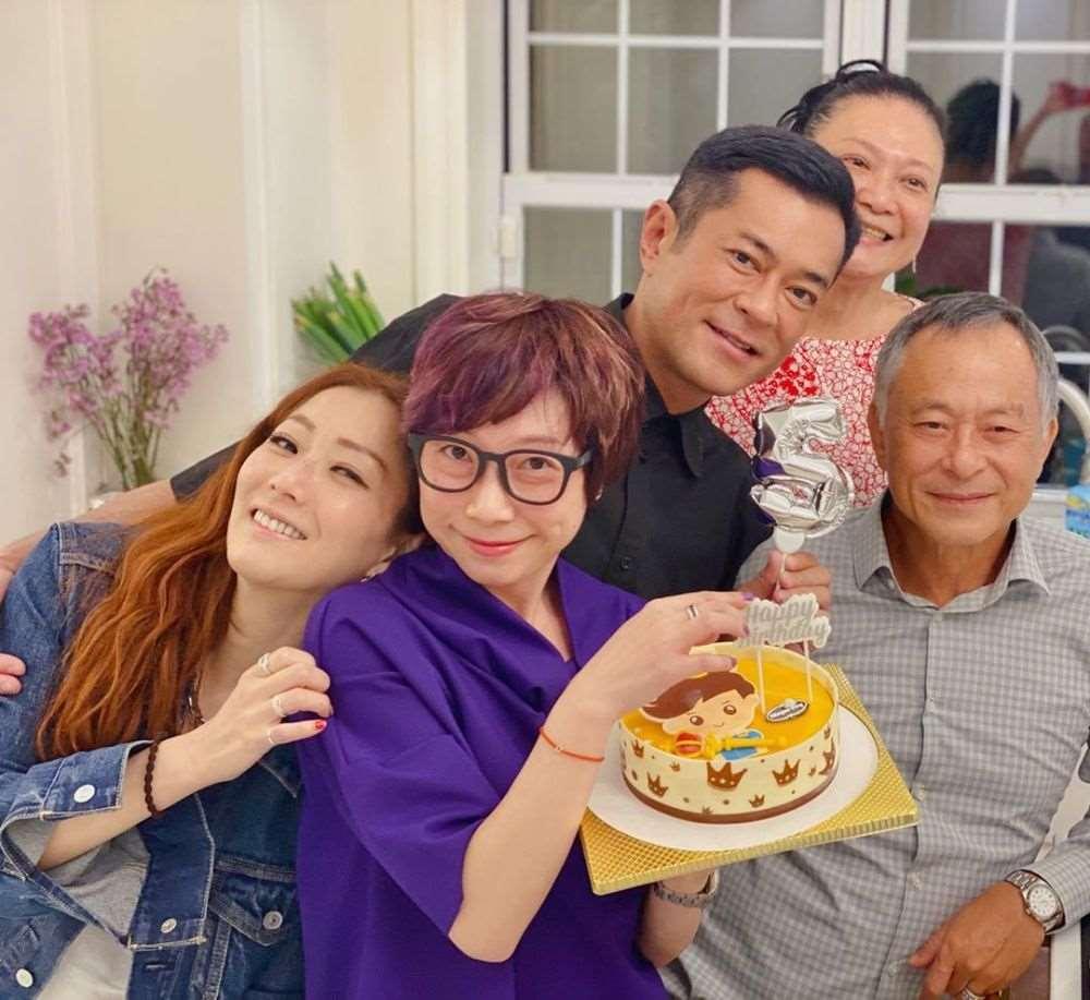每年生日都齐聚!郑秀文杜琪峰为古天乐庆祝50岁生日_明星新闻