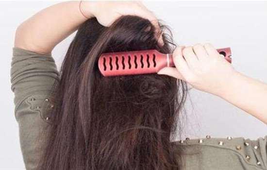 如何让头发不蓬松毛躁 做到这几点让头发恢复柔顺