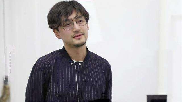 胡歌探班唐嫣,唐嫣上海话撒娇好嗲,网友:仙剑的记忆回来了_明星新闻