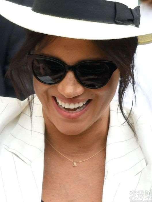从戴安娜王妃到梅根,他们的人性化珠宝首饰个人收藏,身后都是有不同寻常的实际意义