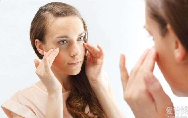 面部按摩技巧,身体排毒延缓衰老,还你紧实延展性皮肤