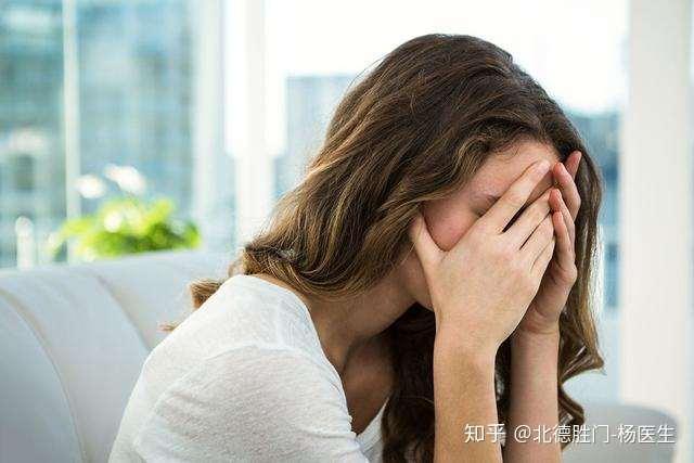 女性脱发的现象也越来越年轻化,几大罪魁祸首,快看你中招了吗?