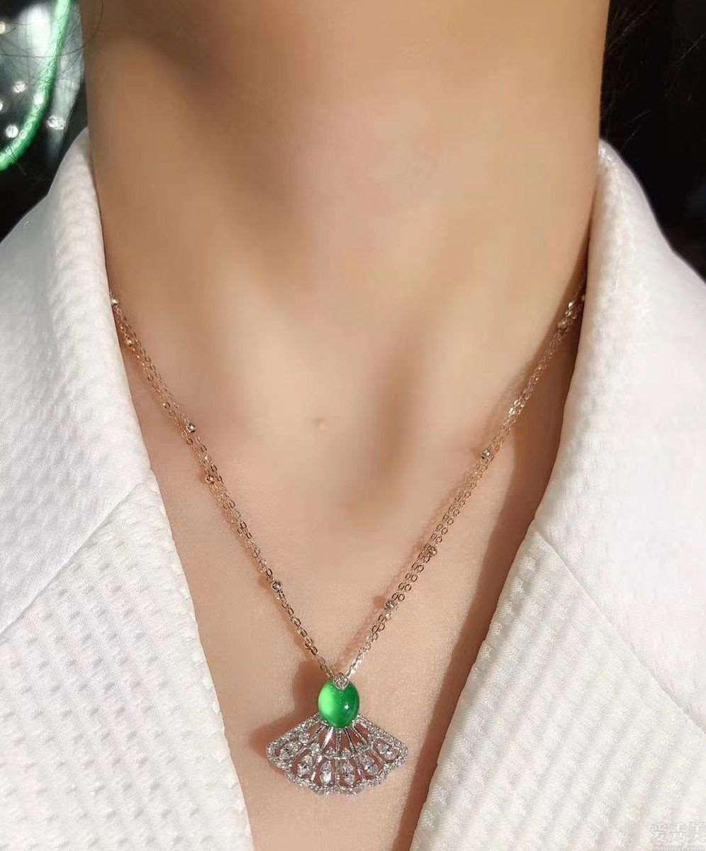 特别是在有气质的几类珠宝首饰首饰,十分平常适合佩戴,一瞬间提升你的气质