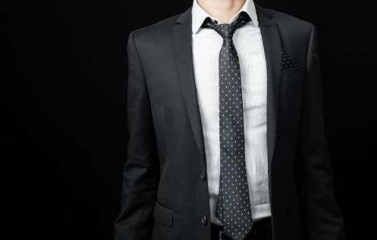 正装是什么样的衣服 正装西服和休闲西服有什么区别