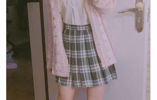 jk裙需要安全裤么 jk裙可以和短袖搭配吗