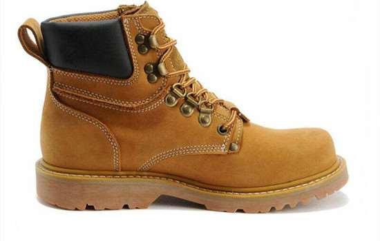 马丁靴是什么季节穿的 马丁靴怎么搭配显高显瘦