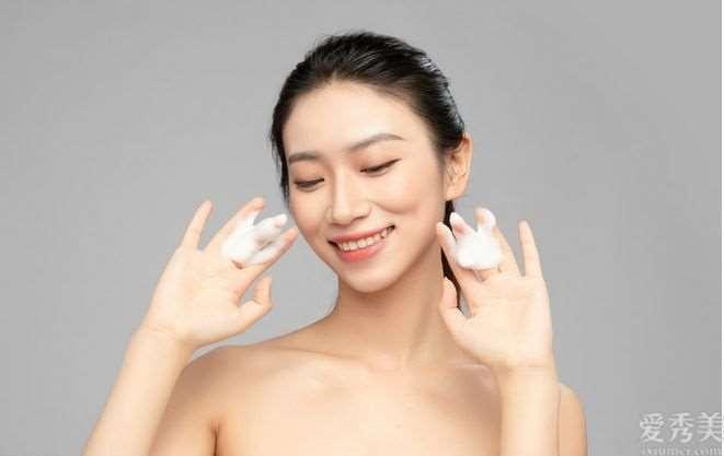 冬季肌肤暗黄应该怎么办?6个简单小技巧,让你肌肤变白轻轻松松