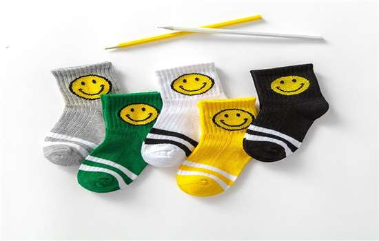 跑步时穿什么袜子合适