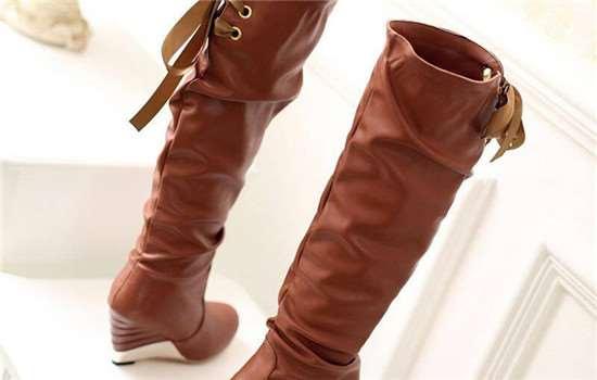 长筒靴高跟好看还是平跟好看