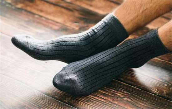 脚冷是什么原因引起的,脚冷怎么暖和起来