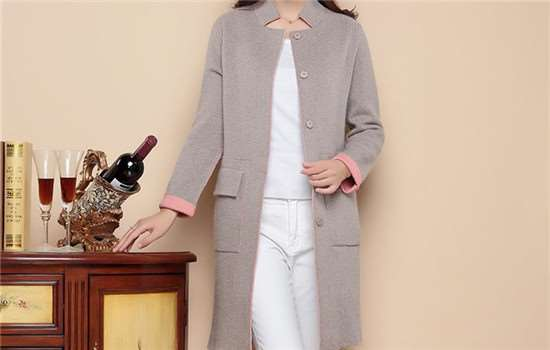貂绒外套和羽绒服哪个保暖