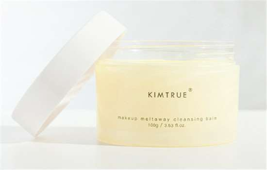 kimtrue品牌是哪个国家的 且初美从清洁开始