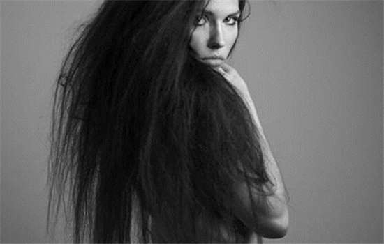 直发膏对头发伤害大吗
