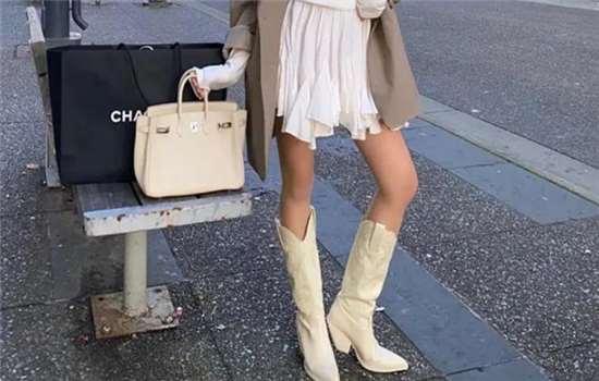 牛仔靴什么颜色好看