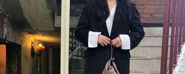 厚外套+阔腿裤,冬天这样穿保暖又洋气