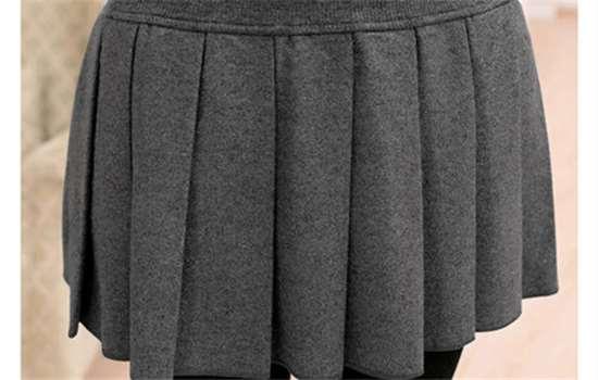 冬天裙子有静电粘丝袜怎么办