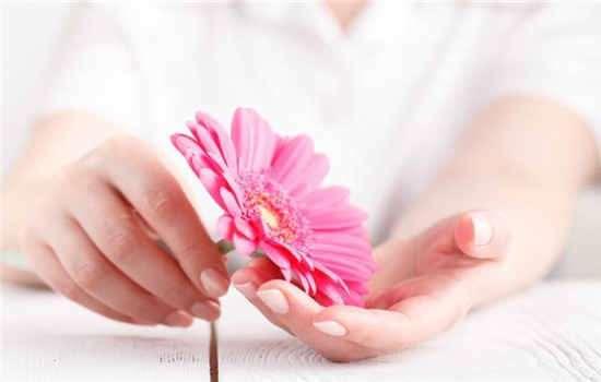 乳房胀痛是乳腺癌吗