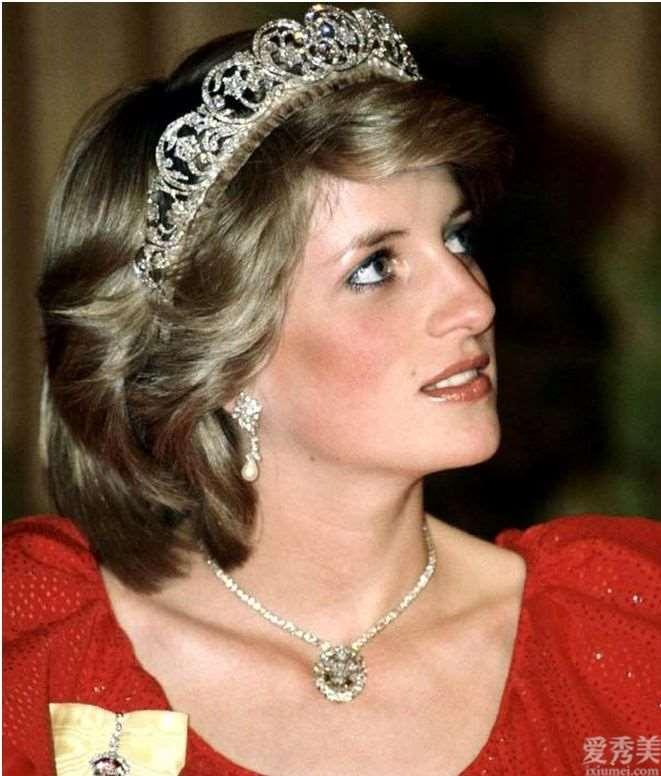 戴安娜王妃戴过的珠宝耳饰,高雅而雅致