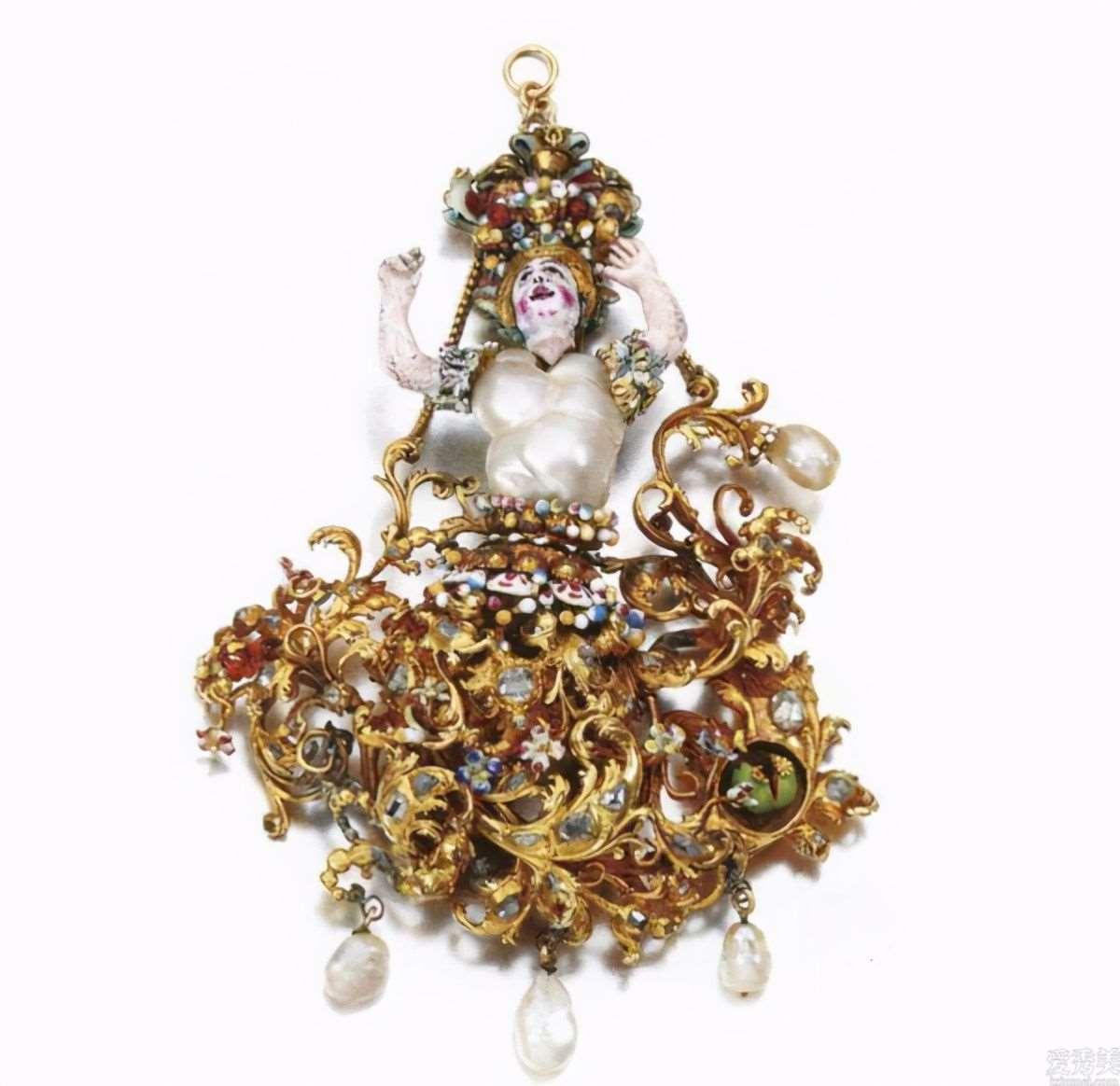 欧美国家的古典珠宝首饰,张扬的奢侈感,让人禁不住惊叹古时候人们的聪慧