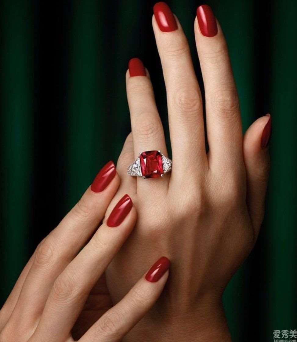 顶尖珠宝首饰赏析-鸽血红