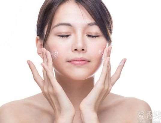 护肤的恰当流程次序是什么?跟随时尚达人学护肤,是美丽的第一步
