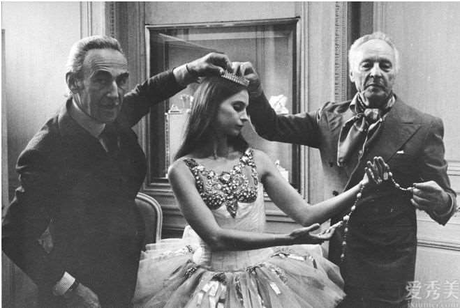 VanCleef&Arpels手腕上的芭蕾舞音盒