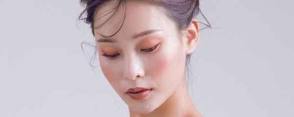 最快最简单的素颜妆 化妆小白也能轻松上手
